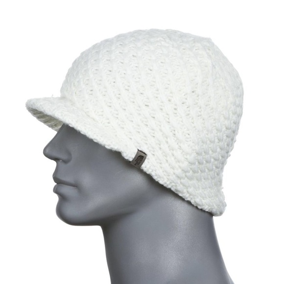 2f08a078 Women's The North Face Chunky Knit Visor Beanie. M_5a4bf5d15512fd1a6609bf09